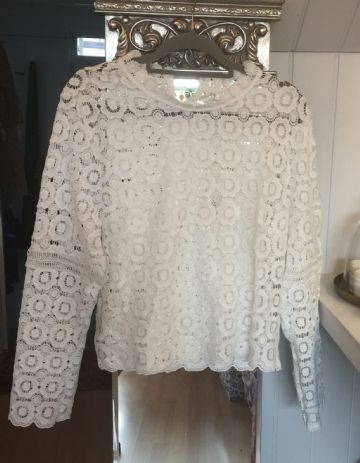 Lacy Long Sleeve Polyester Top - White